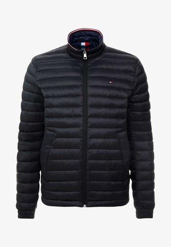 CORE PACKABLE JACKET - Down jacket - jet black