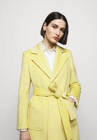 MAX&Co. - RUNAWAY - Classic coat - pale yellow - 3