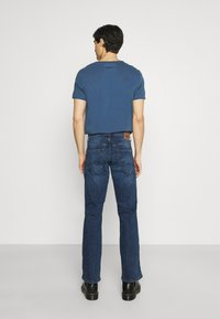 Mustang - OREGON - Jeansy Bootcut - denim blue - 2