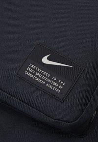 Nike Performance - UTILITY SPEED UNISEX - Rucksack - black/enigma stone - 4