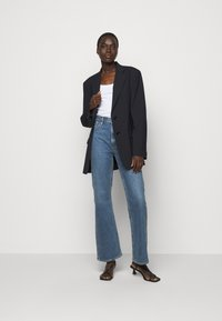 Goldsign - THE COMFORT BOOT - Jeans bootcut - norcross - 1