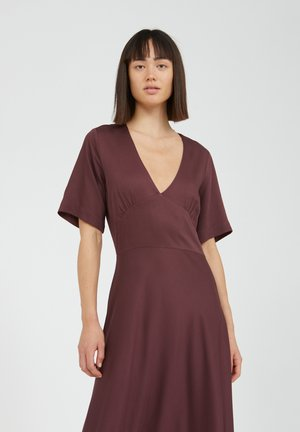 ROSAMAARY - Maxi dress - aubergine