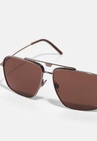 Dolce&Gabbana - Sluneční brýle - bronze - 2