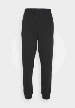 MENS EMBROIDERED STAR CHEVRON PANT - Teplákové kalhoty - black