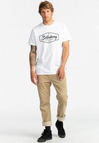 Billabong - TRADEMARK - Print T-shirt - white - 1