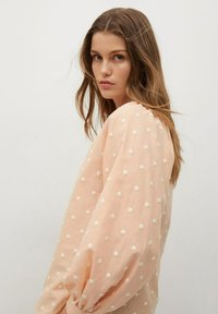 Mango - Button-down blouse - pêche - 3