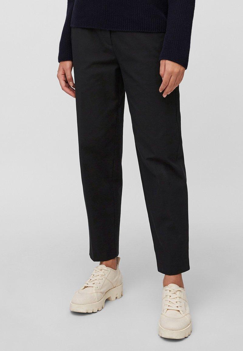 Marc O'Polo - KALNI  - Trousers - dark atlantic