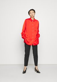 Mulberry - ADELINE BLOUSE - Button-down blouse - bride red - 1