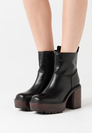 KEHOP - High heeled ankle boots - noir