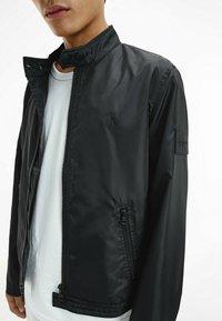 Calvin Klein Jeans - Bomber Jacket - ck black - 3