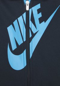 Nike Sportswear - SUEDED FUTURA JOGGER SET - Tracksuit - obsidian - 3