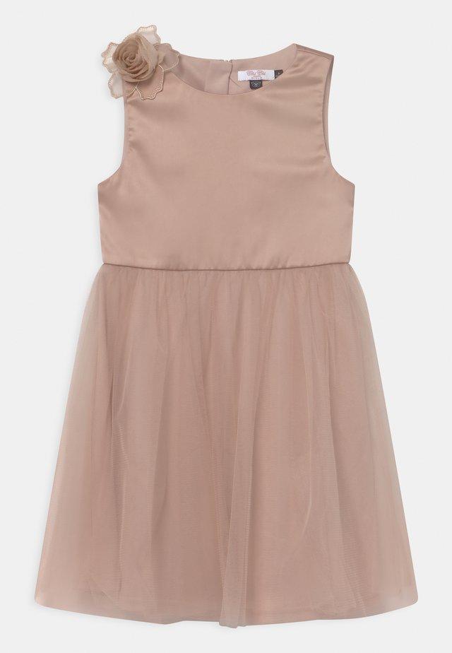 GIRLS JUNE - Koktejlové šaty/ šaty na párty - champagne