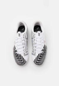 Nike Performance - MERCURIAL JR VAPOR 13 ACADEMY TF UNISEX - Kopačky na umělý trávník - white/black - 3