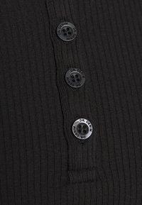 Dr.Denim - TONI LONG SLEEVE - Långärmad tröja - black - 5