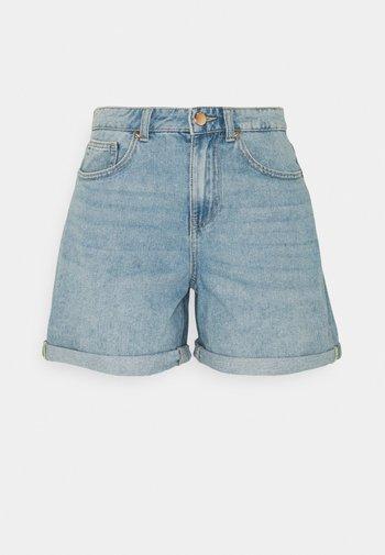 ONLPHINE LIFE - Shorts di jeans - light blue denim