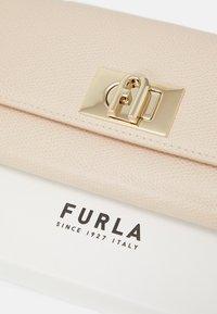 Furla - CONTINENTAL WALLET - Peněženka - ballerina light pink - 5