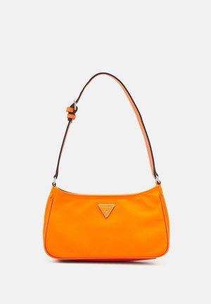 LITTLE BAY SHOULDER BAG - Bolso de mano - orange