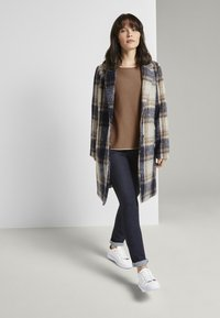 TOM TAILOR - EASY PLAID  - Classic coat - navy/sand - 1