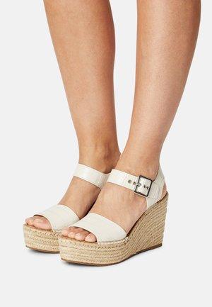 YUNITY - Platform sandals - bone