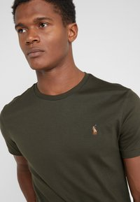 Polo Ralph Lauren - T-shirts basic - estate olive - 4