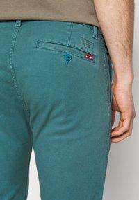 Levi's® - XX CHINO SLIM FIT II - Chino kalhoty - harbor blue s twill gd - 4