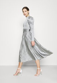 Topshop - PREMIUM MARL PLEATED - Cocktail dress / Party dress - grey - 1