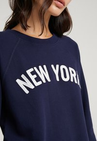 J.CREW - NEW YORK - Sweatshirt - navy - 4