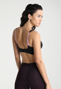 triaction by Triumph - HYBRID LITE  - Sports bra - black - 2