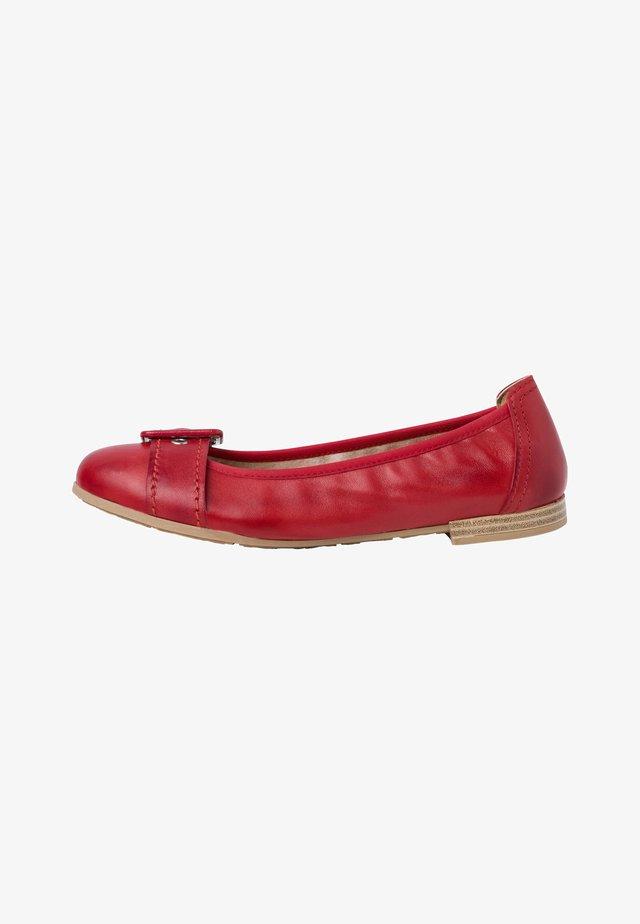 Ballerina's - red antic