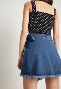 Tezenis - Wrap skirt - blu jeans - 2