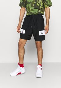 Jordan - AIR - Krótkie spodenki sportowe - black/white - 0