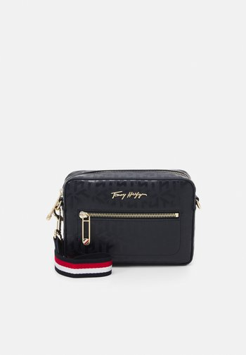 ICONIC CAMERA BAG MONOGRAM