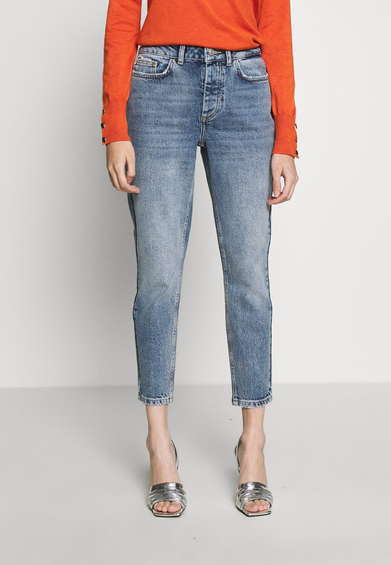 Pieces Petite - PCCARA SLIM PETIT - Slim fit jeans - light blue denim