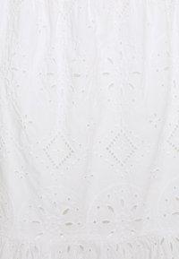 GAP Petite - EYELET MIDI SKIRT - Jupe trapèze - fresh white - 2
