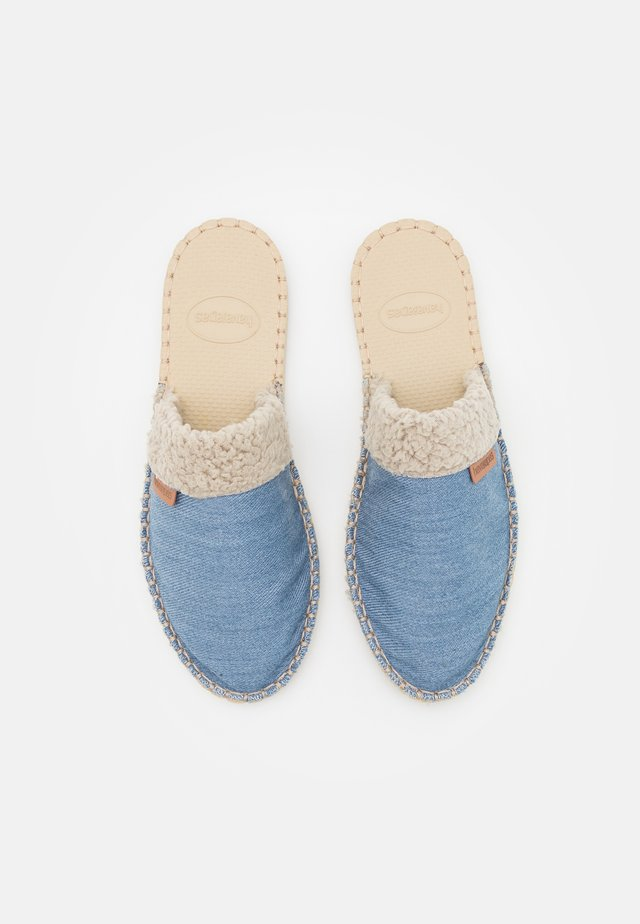 MULE UNISEX - Matalakantaiset pistokkaat - middle blue/blue night