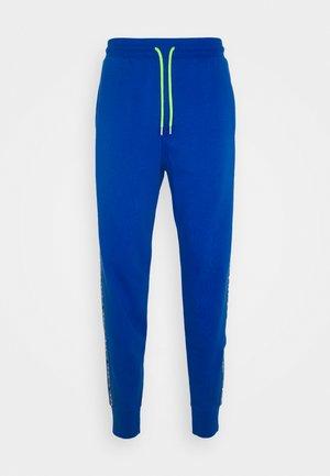 UMLB-PETER TROUSERS - Pyjamahousut/-shortsit - blue