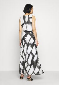 Wallis - SMUDGE COLOURBLOCK PLEATED MAXI - Suknia balowa - black - 2