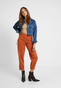 Topshop - UTILITY POCKET TROUSER - Trousers - rust - 1