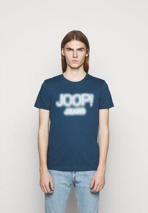 ARISTEO - Print T-shirt - medium blue