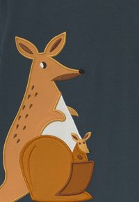 Fred's World by GREEN COTTON - HELLO KANGAROO UNISEX - T-shirt con stampa - midnight - 2