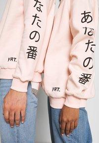 YOURTURN - UNISEX - Sweatshirt - pink - 6