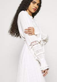 Fabienne Chapot - LEO DRESS - Shirt dress - cream white - 5