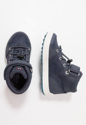 JAKOB MID GTX - Hiking shoes - navy