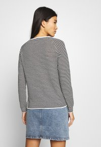 Selected Femme - SLFASTRID O-NECK - Jumper - black/snow white - 2
