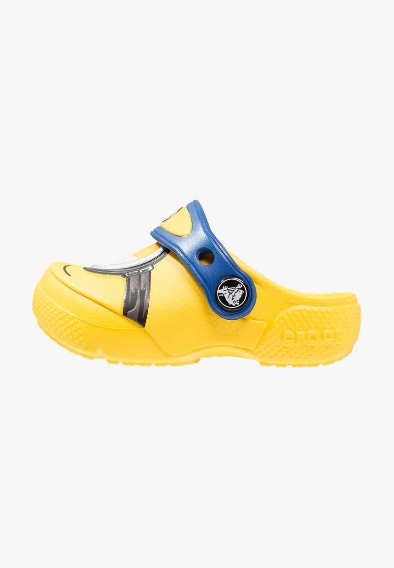 Crocs - FUN LAB DESPICABLE ME 3 MINIONS - Pool slides - yellow
