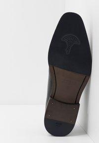 JOOP! - PHILEMON PISTA LACE UP  - Elegantní šněrovací boty - black - 4