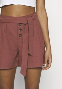 ONLY - ONLVIVA EMERY BELT - Shorts - apple butter - 4