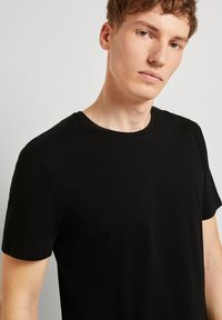 TOM TAILOR DENIM - Basic T-shirt - black - 3
