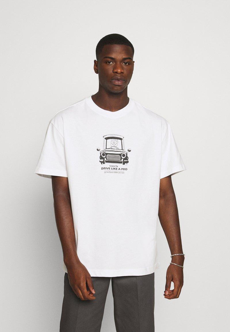 Weekday - T-shirt med print - white