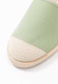 Grand Step Shoes - EVITA PLAIN PARIS - Espadrilles - mint - 2